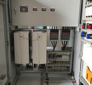 管理员点击数: 1 型号: xl-21 规格: 低压控制柜 大小: 2200